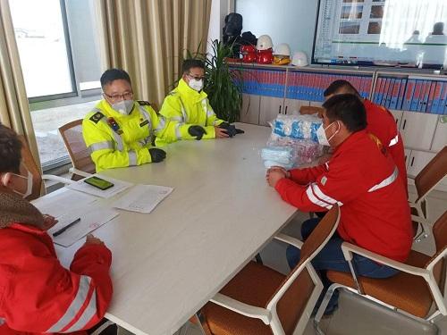 必威官方网站登录红寺堡区运管所检查物流公...